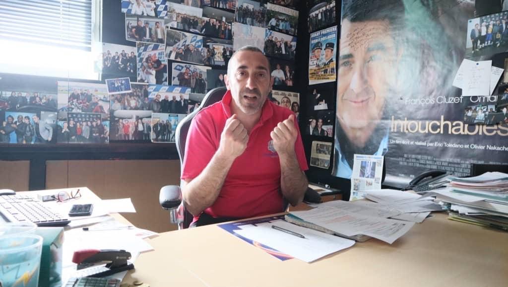 Laurent Barriquault à son bureau du CGR de Saint-Saturnin